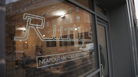 Rudys-Pizza-4-472x264
